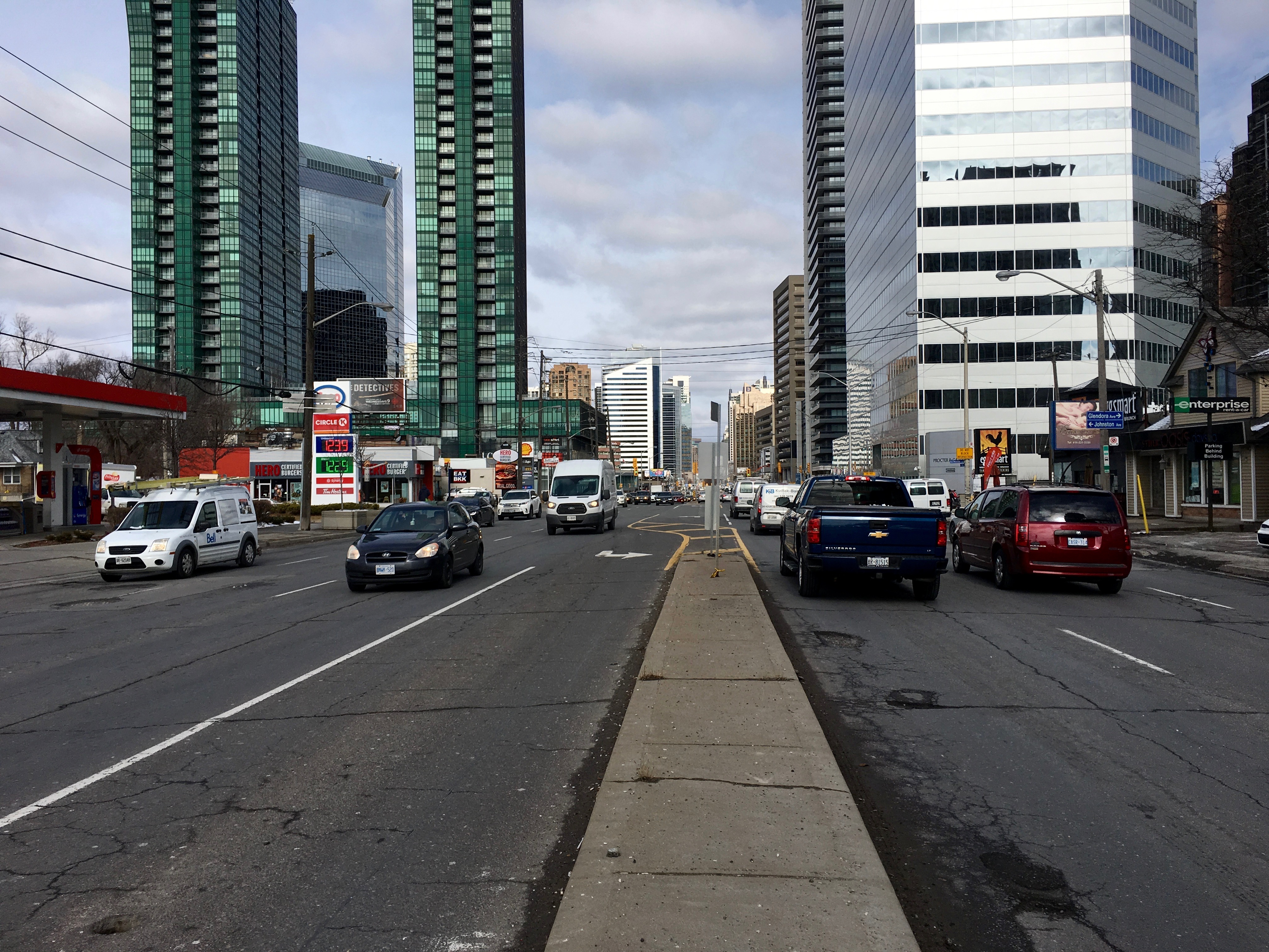 11:28 a.m., March 2, 2018. Facing north on Yonge Street at Avondale Avenue.