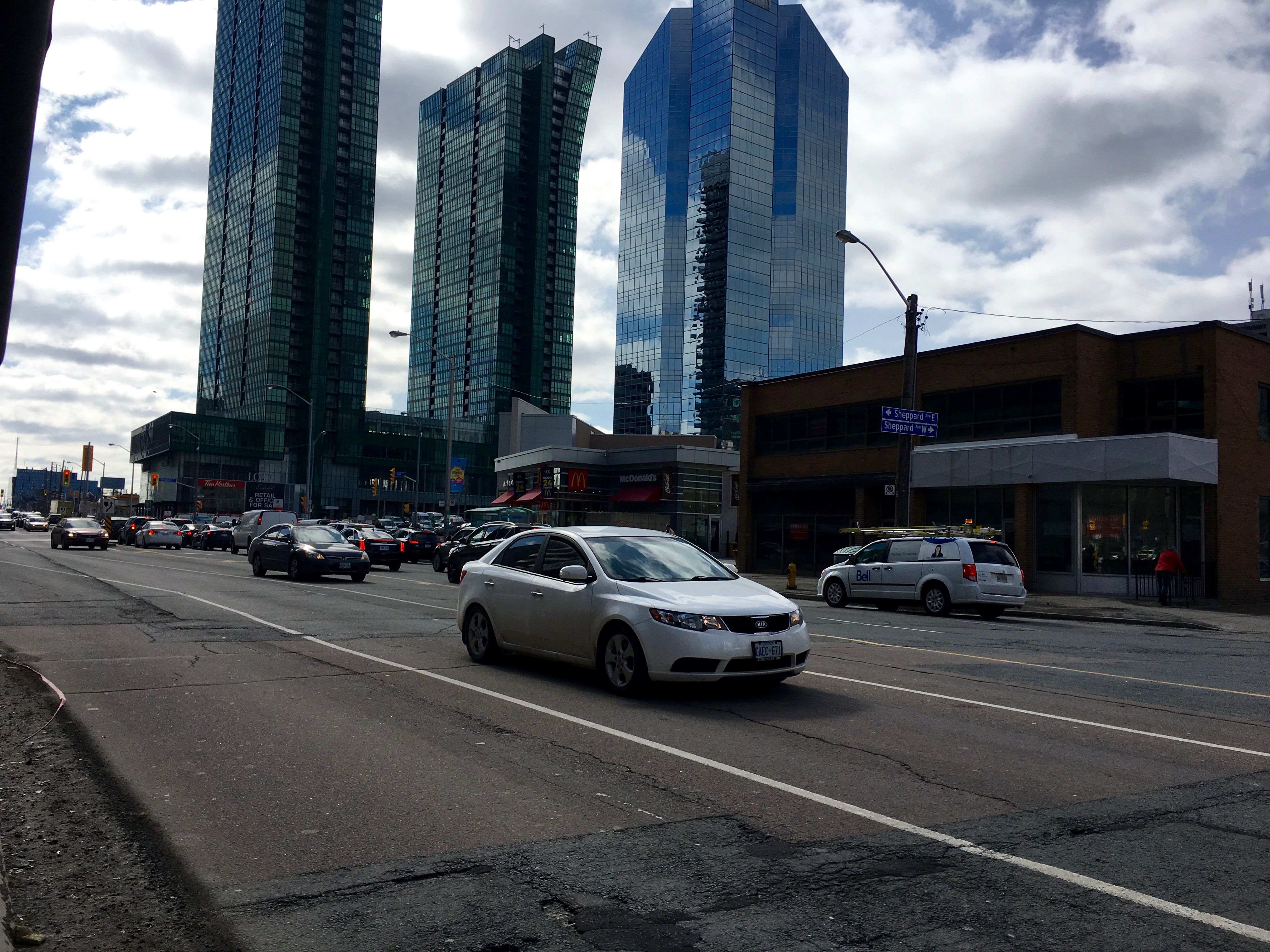 12:03 p.m., March 2, 2018. On Yonge facing south on the east side. Lane width is one of the considerations in the REImagining Yonge process.